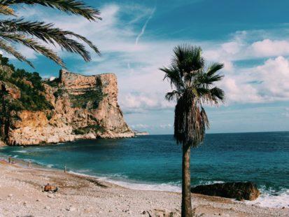 beach-cliff-nature-1791684